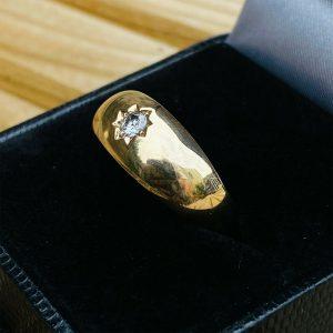Fabulous, Gents 9ct, 9k, 375 gold Diamond 0.15ct Gypsy ring, London 1981