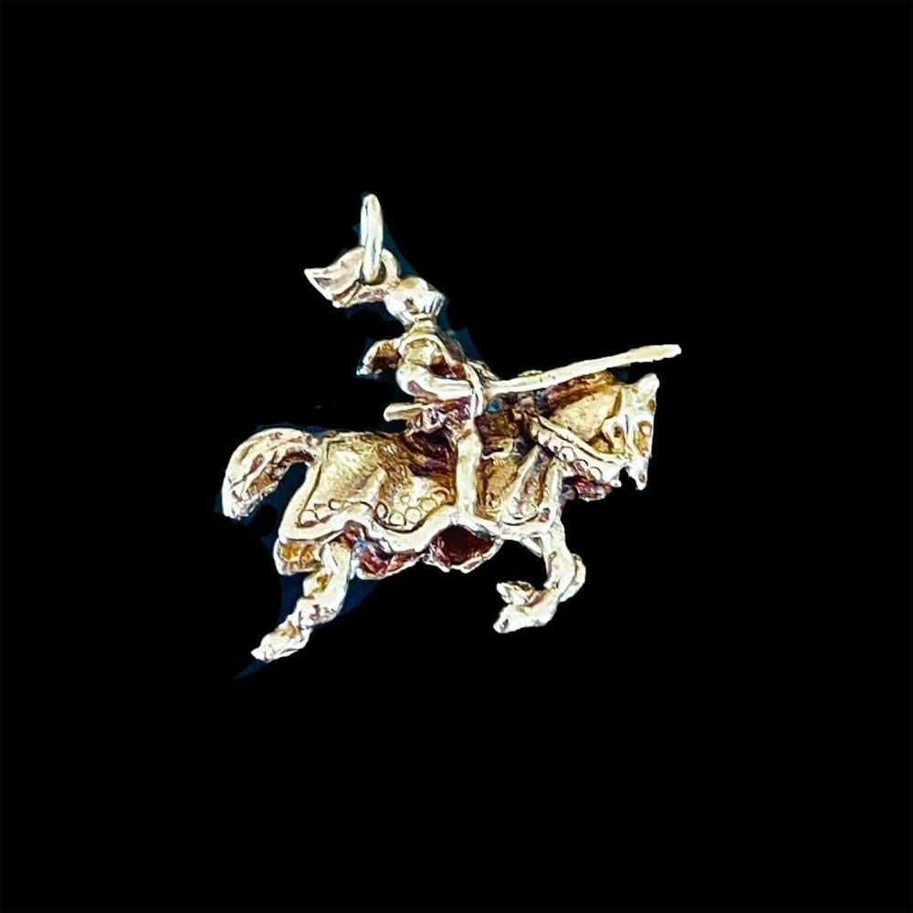 Vintage 9ct, 9k, 375 yellow gold Jousting knight & horse pendant, charm Dtd 1963