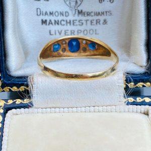 Victorian 18ct, 18k, 750 Gold Old-cut Diamond & Sapphire boat ring, Circa 1900